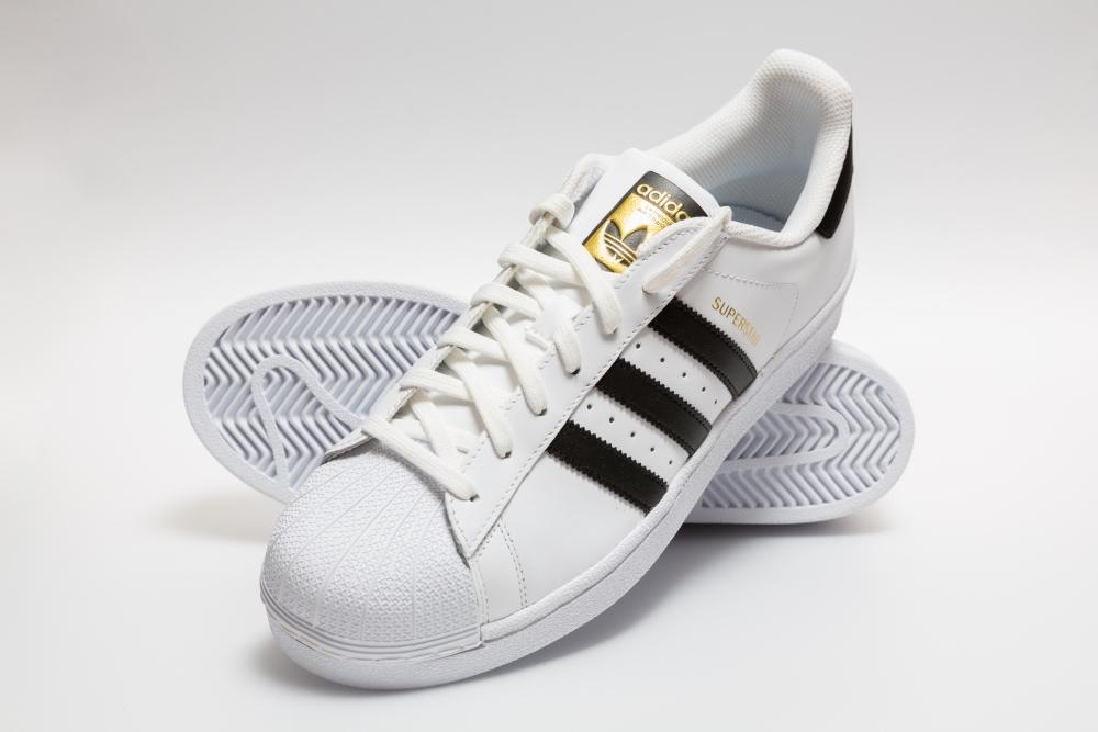 sneakers online shop HK